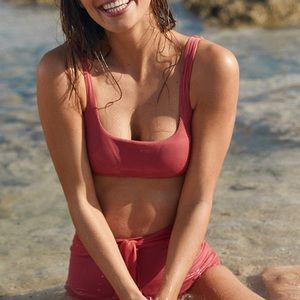 NEW Aerie Ribbed Scoop Bikini Top